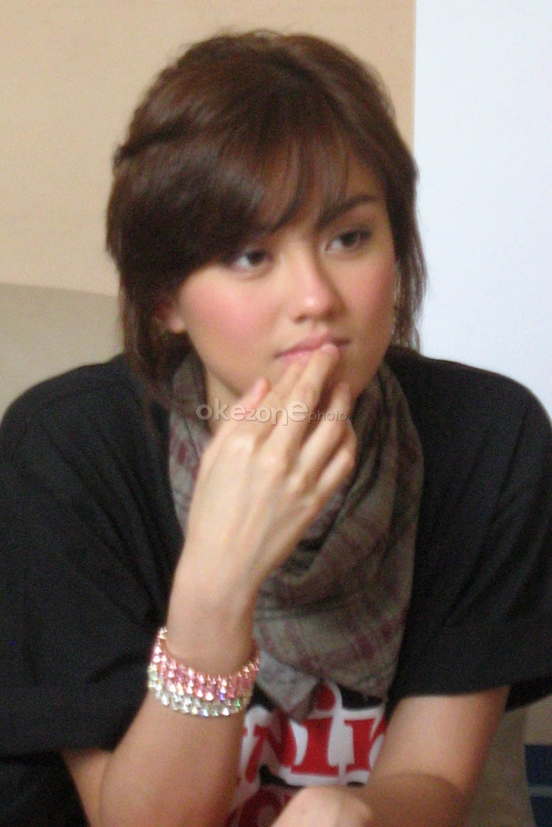 Agnes monica – artis dan penyanyi indonesia berbakat