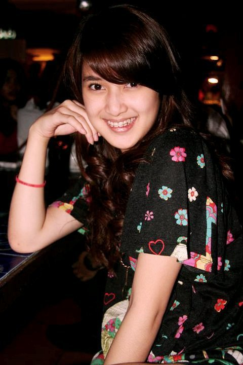 Foto : Model Si cantik Rosiana Barbie
